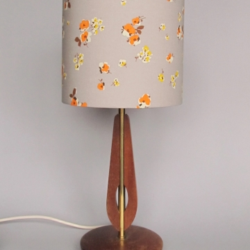 """Radiogram"" vintage lamp"