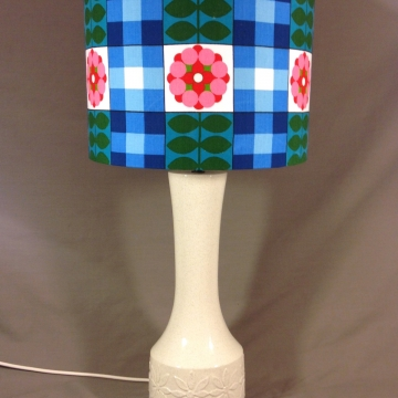 'Flower Power' vintage lamp