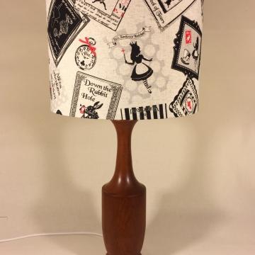 'Wonderland' vintage lamp