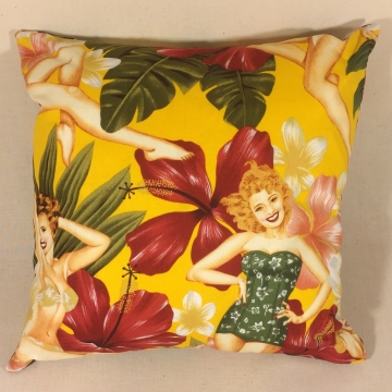 'Island Beauties' – Scatter Cushion