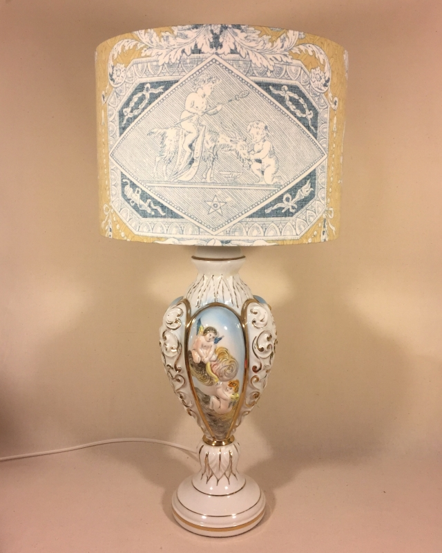 Little cherubs vintage lamp with handmade shade