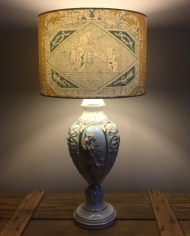 Little cherubs vintage lamp with handmade shade