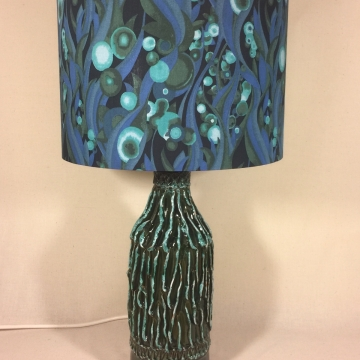 Seascape vintage lamp with handmade shade